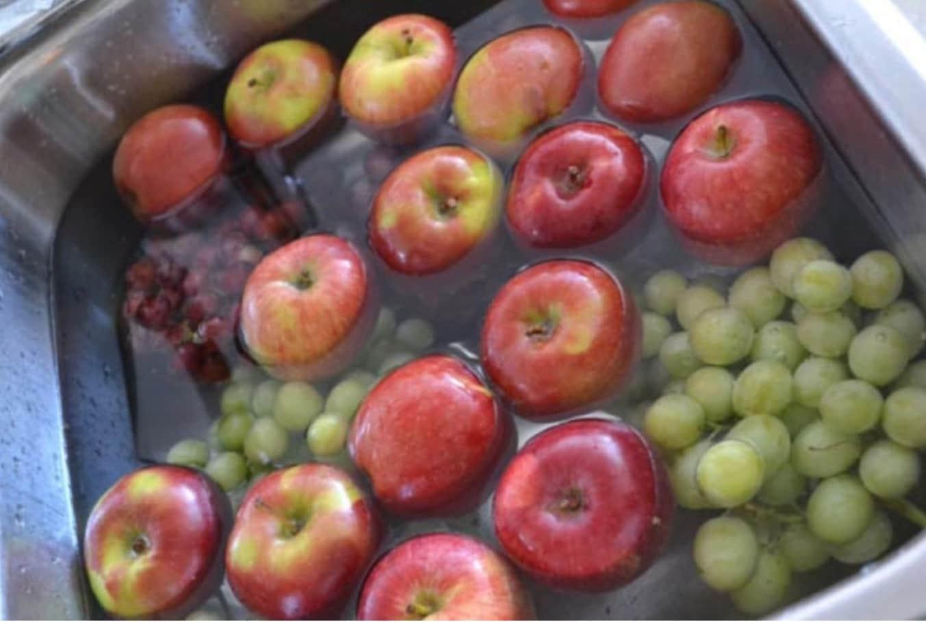 12 Daha Uzun Süre Korumak Için Meyve Yıkayın